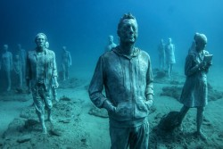 Jason deCaires Taylor, underwater figurative sculpture