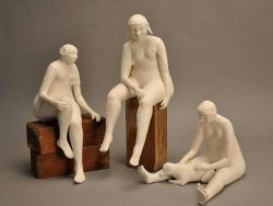 Victoria Pitel, figurative ceramic sculpture